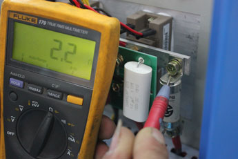 Frequency converter fuse measurement