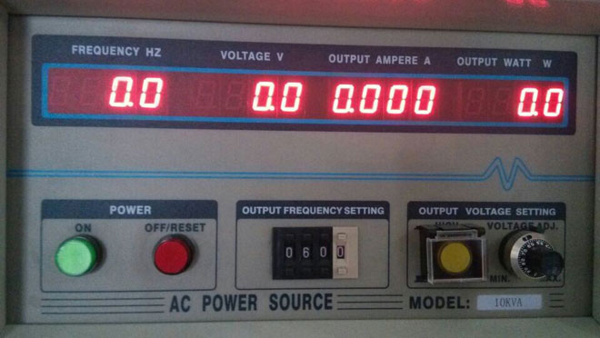 Single phase frequency converter operation panel